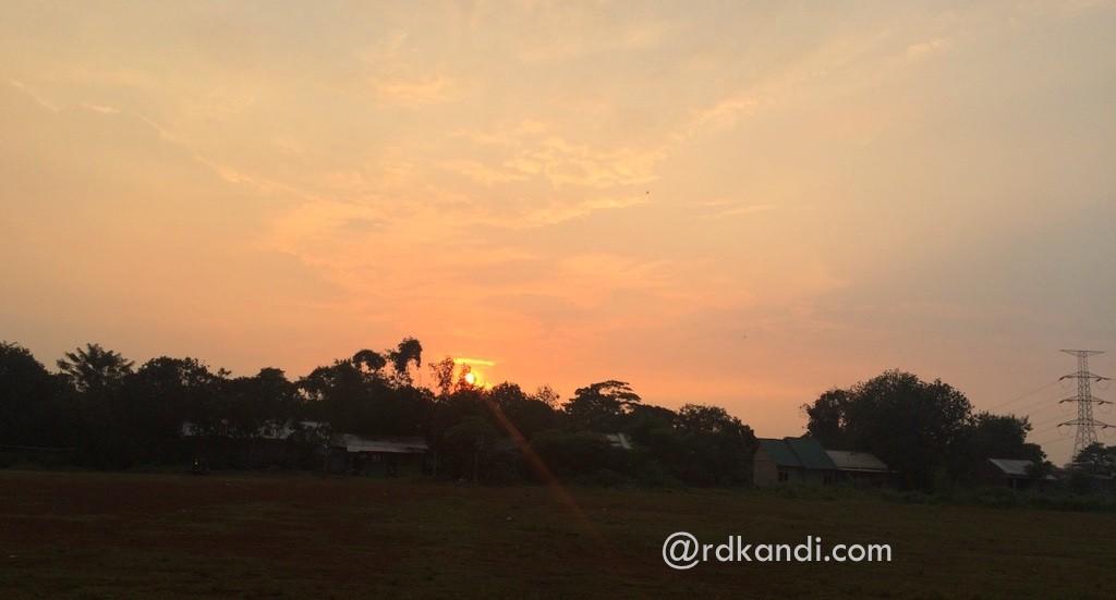 Senja di Bedahan, Depok, Jawa Barat.