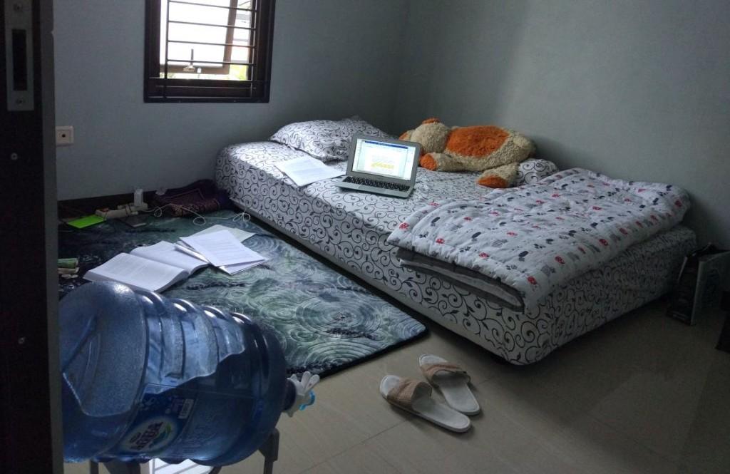 Kamar kos di Jalan Gagak, Surapati, Bandung.